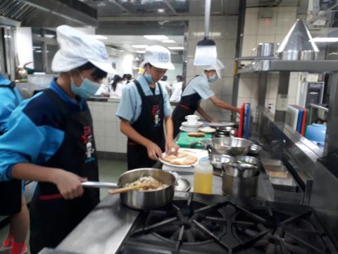 1090925尖山國中餐旅職群_201006_3.jpg