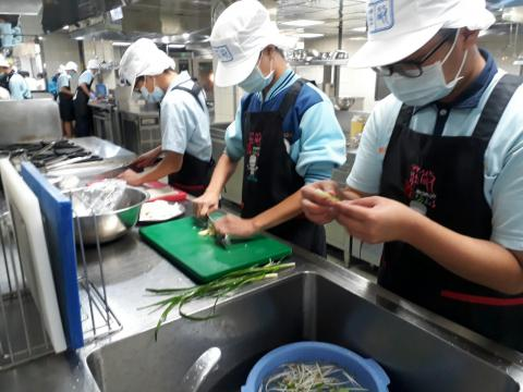 1090925尖山國中餐旅職群_201006_13.jpg