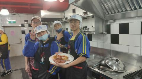 20201225烏來國中烤雞綜合沙拉_201229_5.jpg