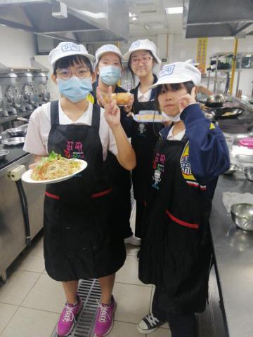 1030光榮國中 什錦炒米粉,貓舌頭餅乾_201216_3.jpg