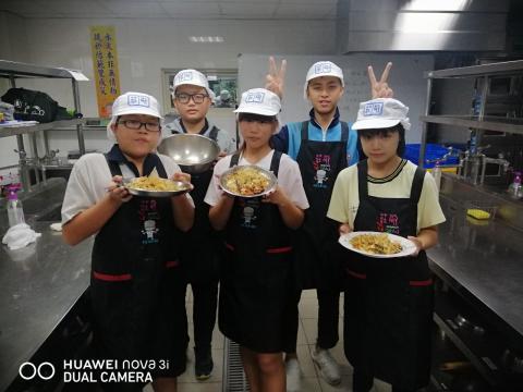 0925光榮國中蔬菜煎餅,手工地瓜圓_201006_10.jpg