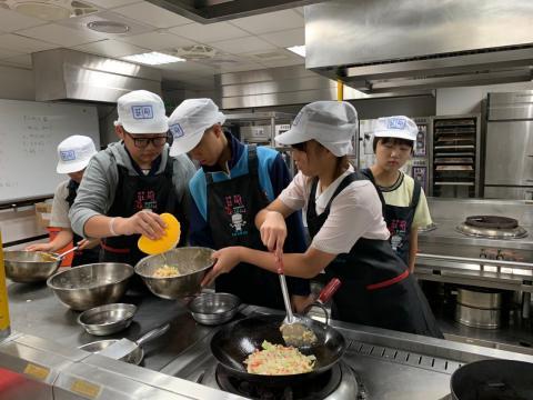 0925光榮國中蔬菜煎餅,手工地瓜圓_201006_1.jpg