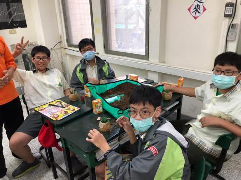 1030(永和校區)達觀國中來校-植栽手作_201229_8.jpg