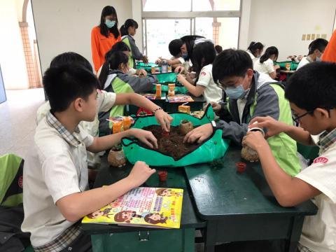 1030(永和校區)達觀國中來校-植栽手作_201229_9.jpg