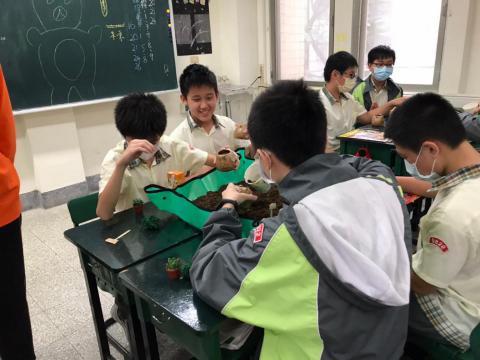 1030(永和校區)達觀國中來校-植栽手作_201229_12.jpg