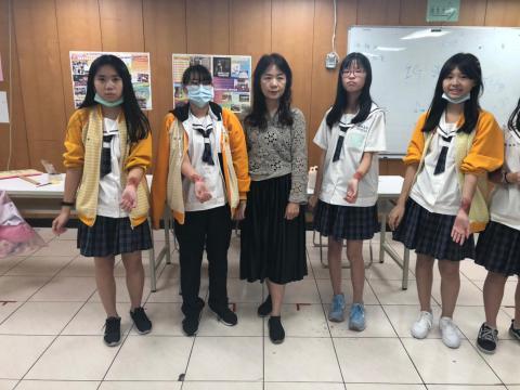 20201030樹林國中~美容科特殊妝_201224_12.jpg