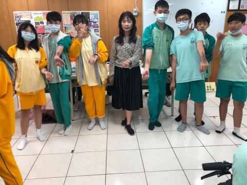 20201030樹林國中~美容科特殊妝_201224_18.jpg