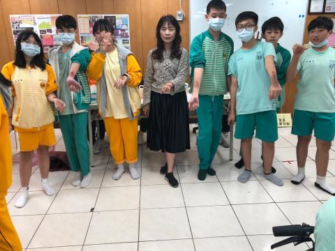 20201030樹林國中~美容科特殊妝_201224_20.jpg
