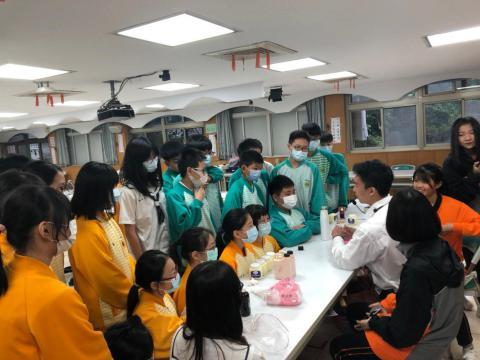 樹林國中203來校參訪「特效妝」_201224_2.jpg
