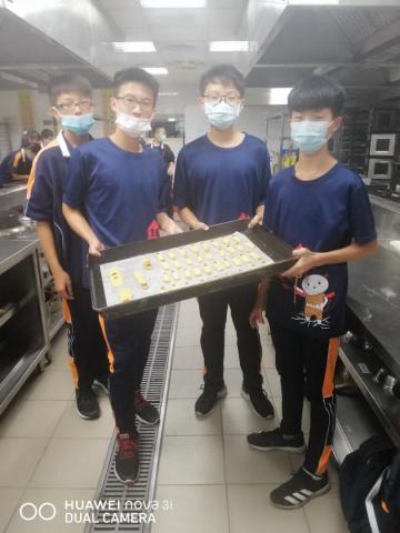 1030義學國中 八年級職探_201224_4.jpg