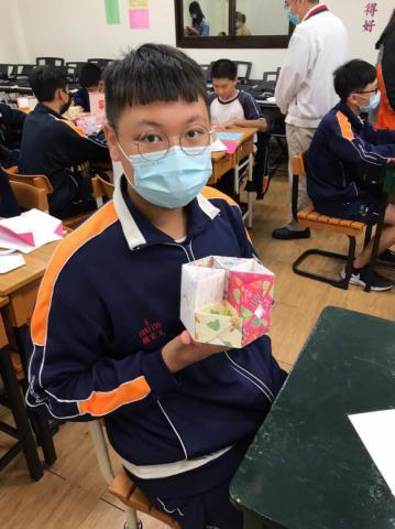 20201030義學國中來校幼保科手做DIY_201224_9.jpg
