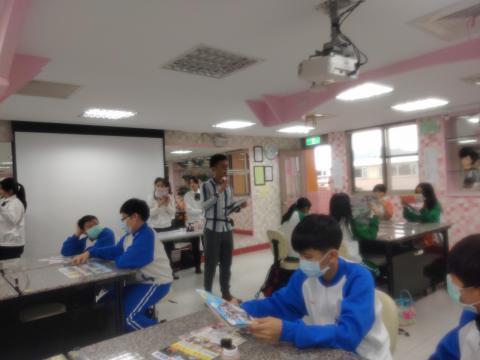 20111113海山國中819美容美髮 彩妝_201207_36.jpg
