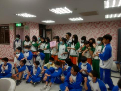 20111113海山國中819美容美髮 彩妝_201207_45.jpg