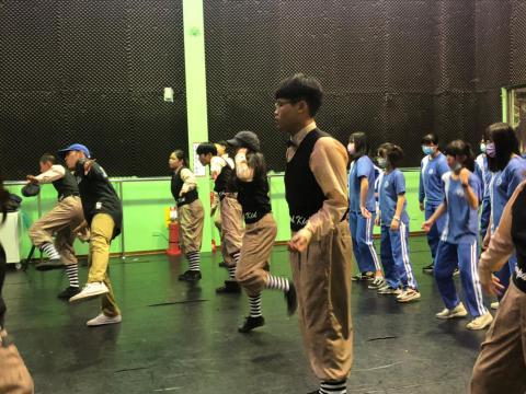 萬華國中802_201215_22.jpg