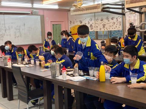文山國中802_201224_104.jpg
