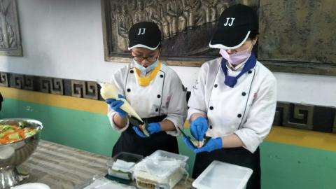 實踐國中餐會_210218_9.jpg