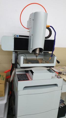 CNC雕刻機-03.jpg