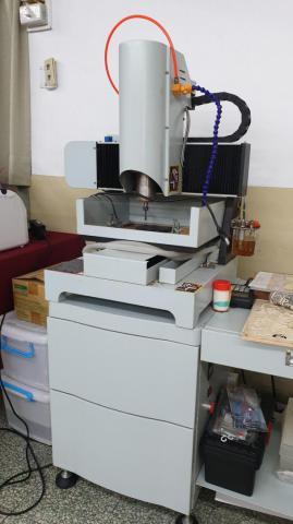 CNC雕刻機-04.jpg