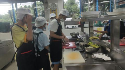 20210414海山國中(日式蔬菜煎餅海鮮烏龍麵)_210421_4.jpg