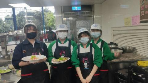20210414海山國中(日式蔬菜煎餅海鮮烏龍麵)_210421_6.jpg