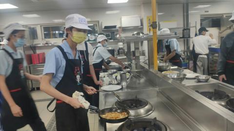 20210414海山國中(日式蔬菜煎餅海鮮烏龍麵)_210421_5.jpg