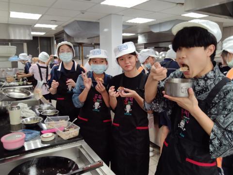416義學國中 香菇油飯 味曽湯_210421_2.jpg
